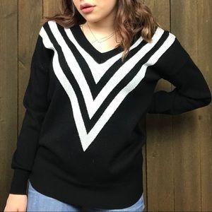 Premise Long Sleeve Varsity Deep V Knit Sweater S